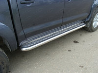 Пороги с площадкой 60,3 мм для Toyota Hilux (2008 -) ТСС TOYHILUX12-02