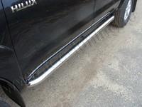 "Пороги ""труба"" 76,1мм на Toyota Hilux (2011 -) ТСС TOYHILUX12-06"