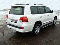 Защита задняя (уголки овальные) 75х42 мм на Toyota Land Cruiser 200 (2007 -) ТСС TOYLC200-07